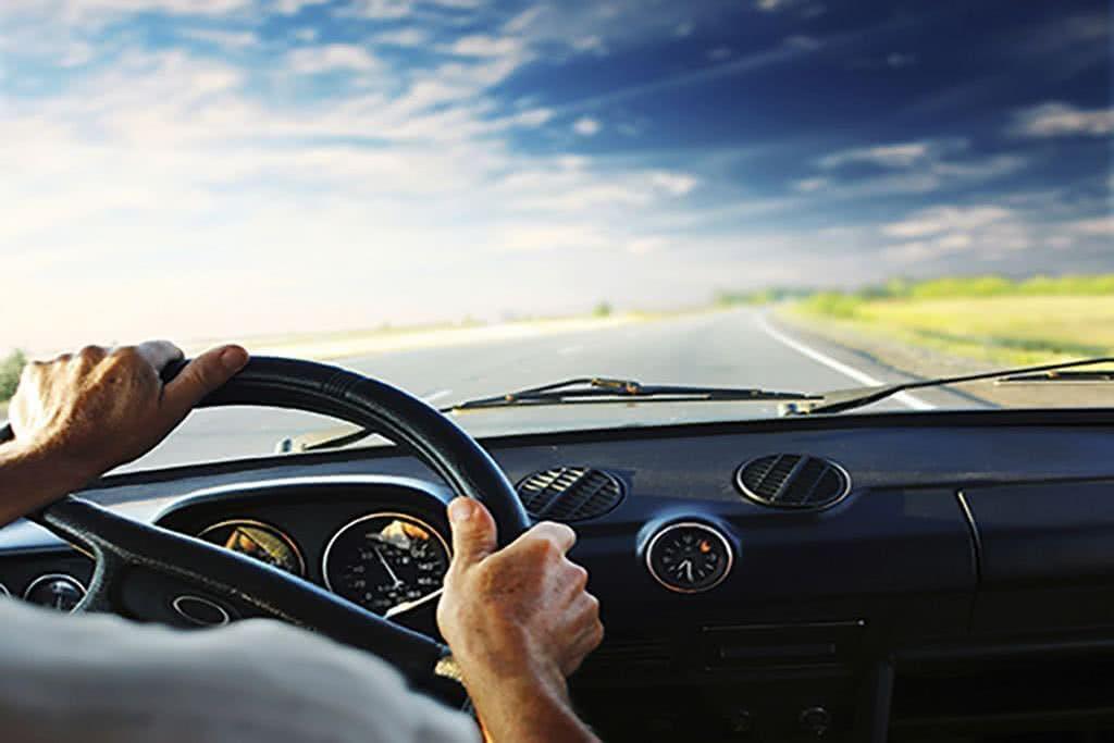 Hands steering